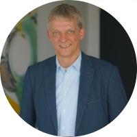Herr Michael Schulze